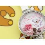 นาฬิกาข้อมือผู้หญิง สายหนัง สีขาว แต่ง Display คัพเค้ก ช็อคโกแลต กล่องของขวัญติดโบว์ รูปหัวใจ น่ารัก ๆ สีชมพู หน้าปัดฝัง คริสตัล เพชร 416391