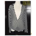 #1121 Used เสื้อแฟชั่นสวมทับ เนื้อผ้าซีฟอง ลายทางขาวสลับดำ
