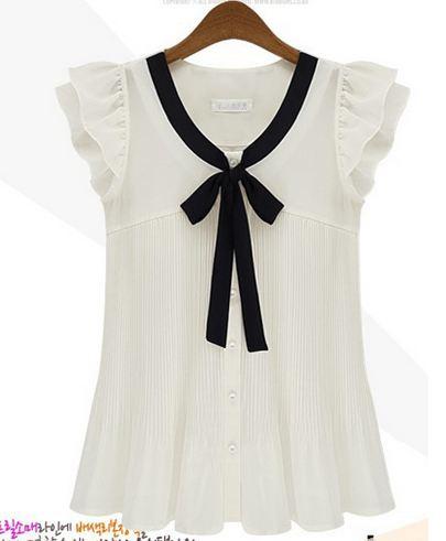 เสื้อแขนกุด ผ้าชีฟอง Chiffon สีขาว แขนเป็นระบายเล็กน้อย แต่งโบว์สีดำ ด้านหน้า เสื้อแขนกุด สีขาว ดีไซน์ เก๋ no 640224