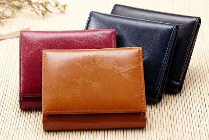 กระเป๋าสตางค์ผู้หญิง ใบสั้น กระเป๋าสตางค์ หนังวัวแท้ Oil Wax สีพื้น แบบ 3 พับ ใส่บัตรได้เยอะ ขนาดกำลังดี สีน้ำเงิน ดำ น้ำตาล ชมพู 360902