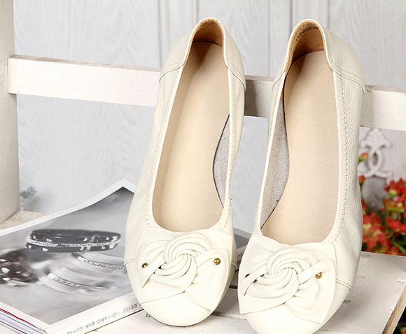 รองเท้าหุ้มส้น ผู้หญิง รองเท้าหนังแท้ ใส่เที่ยว ใส่ทำงาน ด้านหน้า ดีไซนติดโบว์ ใส่สบาย รองเท้าผู้หญิง ใส่ทำงาน สีเบจ เรียบร้อย ราคาถูก no 77216_6