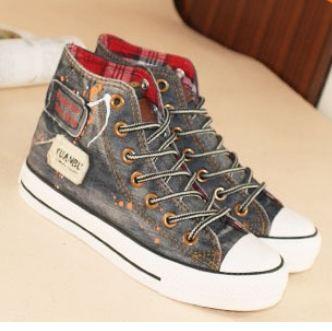 รองเท้าผ้าใบผู้หญิง รองเท้าผ้าใบ เก๋ ๆ สไตล์ วินเทจ รองเท้าหุ้มส้น ดีไซน์ ยีนส์ สีเทา สำหรับ สาว นักท่องเที่ยว แนว คาวบอย เซอร์ ๆ สวยค่ะ 535221_1