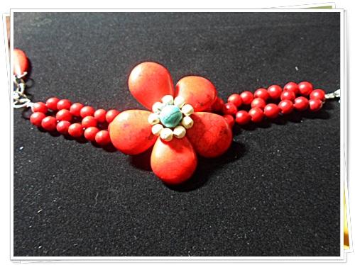 สร้อยข้อมือ เทอร์ควอยซ์ สังเคราะห์ ลายดอกไม้สีแดงสด