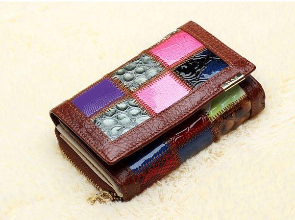 กระเป๋าสตางค์ผู้หญิง ใบสั้น กระเป๋าสตางค์ หนังแท้ ดีไซน์ ลาย คลาสสิค เย็บหลายสี 2 พับ ช่องเหรียญแยก สีน้ำตาล แต่งลายหนังสลับสี 64115