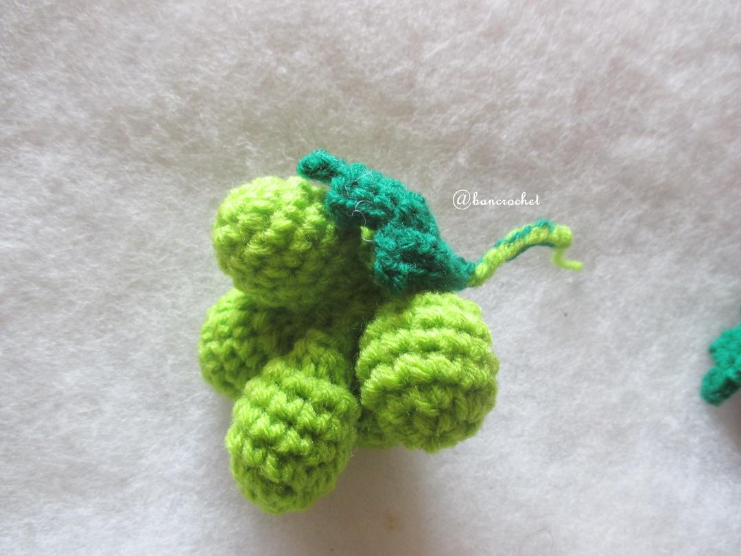 องุ่นเขียวถักโครเชต์ green grape fruit crochet