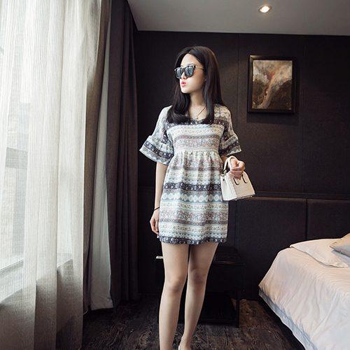 **สินค้าหมด Dress3870 ชุดเดรสน่ารักผ้าชีฟองทึบแสงลายทางดอกไม้ แขนสามส่วนระบาย ผ้าเนื้อดีนิ่มใส่สบาย