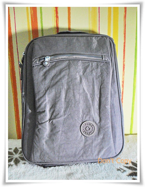 กระเป๋าเป้ ใส่ โน๊ตบุ๊ค kipling สีเทา no6