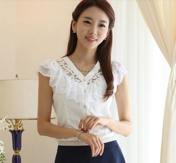 เสื้อเชิ้ตแขนกุด แบบมีระบาย ที่อก สีขาว ซีทรู เล็ก ๆ ที่คอ เสื้อใส่ทำงาน เรียบหรู ดูดี เสื้อใส่เที่ยว ใส่ออกงาน แบบมีระบาย รอบอก เก๋ ๆ เสื้อแฟชั่น 630596_1