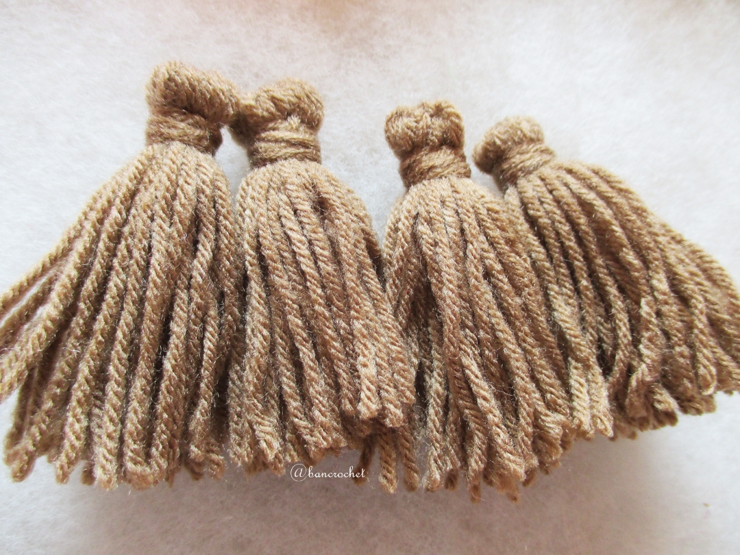 พู่สีน้ำตาลโครเชต์ ไหมพรม 4 ply tassel crochet acrylic yarn 4 ply