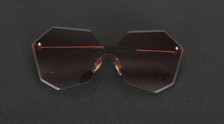 แว่นตากันแดด แว่นตาแฟชั่น แว่นตาผู้หญิง แฟชั่น ดีไซน์ เลนส์ 6 เหลี่ยม แว่นตาเท่ ๆ แบบมีสไตล์ ใส่เที่ยว ชิค ชิค เดินชายหาด เก๋ ๆ 762292