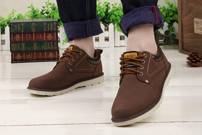 รองเท้าผ้าใบ ผู้ชาย รองเท้าใส่เที่ยว รองเท้าหุ้มส้น รองเท้าหนัง แบบกันน้ำได้ รองผู้ชาย ใส่ทำงาน สีน้ำตาลเข้ม ดีไซน์ คล้าย รองเท้า safty เท่ๆ 871607_1