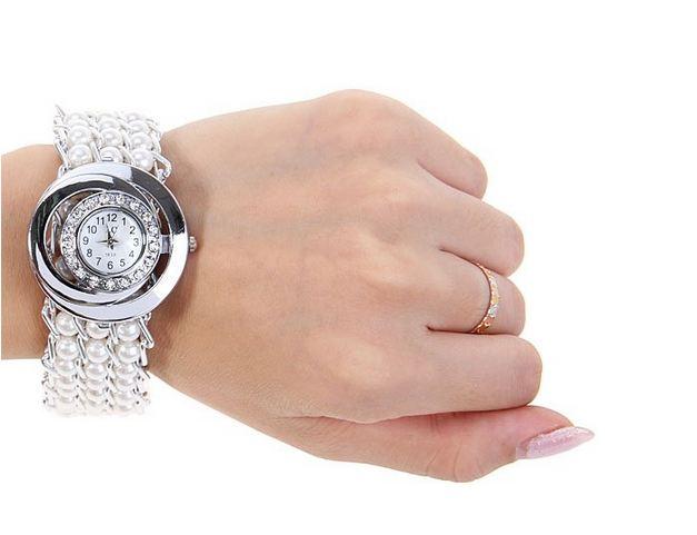 นาฬิกาข้อมือผู้หญิง สร้อยข้อมือนาฬิกา ร้อยลูกปัด แบบไข่มุก หน้าปัดตกแต่งคริสตัล เพชร ดีไซน์หรู สีม่วง ดำ ขาว และ สีชมพู 75952