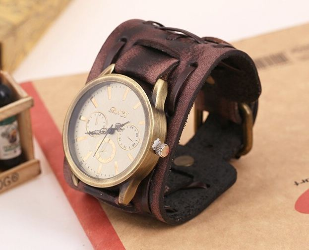 นาฬิกาข้อมือ สายหนังวัวแท้ ผู้หญิง ผู้ชาย ใส่ได้ นาฬิกาข้อมือ แฮนด์เมด หนังแท้ สีน้ำตาล เส้นใหญ่ สไตล์วินเทจ หน้าปัดหรู ของขวัญ สุดเก๋ 920578