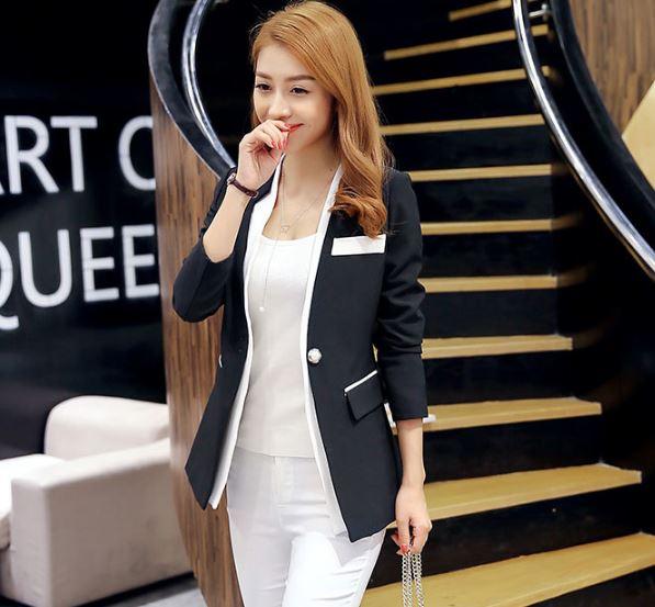เสื้อสูท เสื้อแจ็คเก็ต เสื้อคลุม แบบสูท สูทผู้หญิง แขนยาว สีดำ ตัดขอบ ด้วยสีขาว เพิ่มมิติ มีกระดุมกลาง 1 เม็ด มีกระเป๋าข้าง แบบสวย 841125