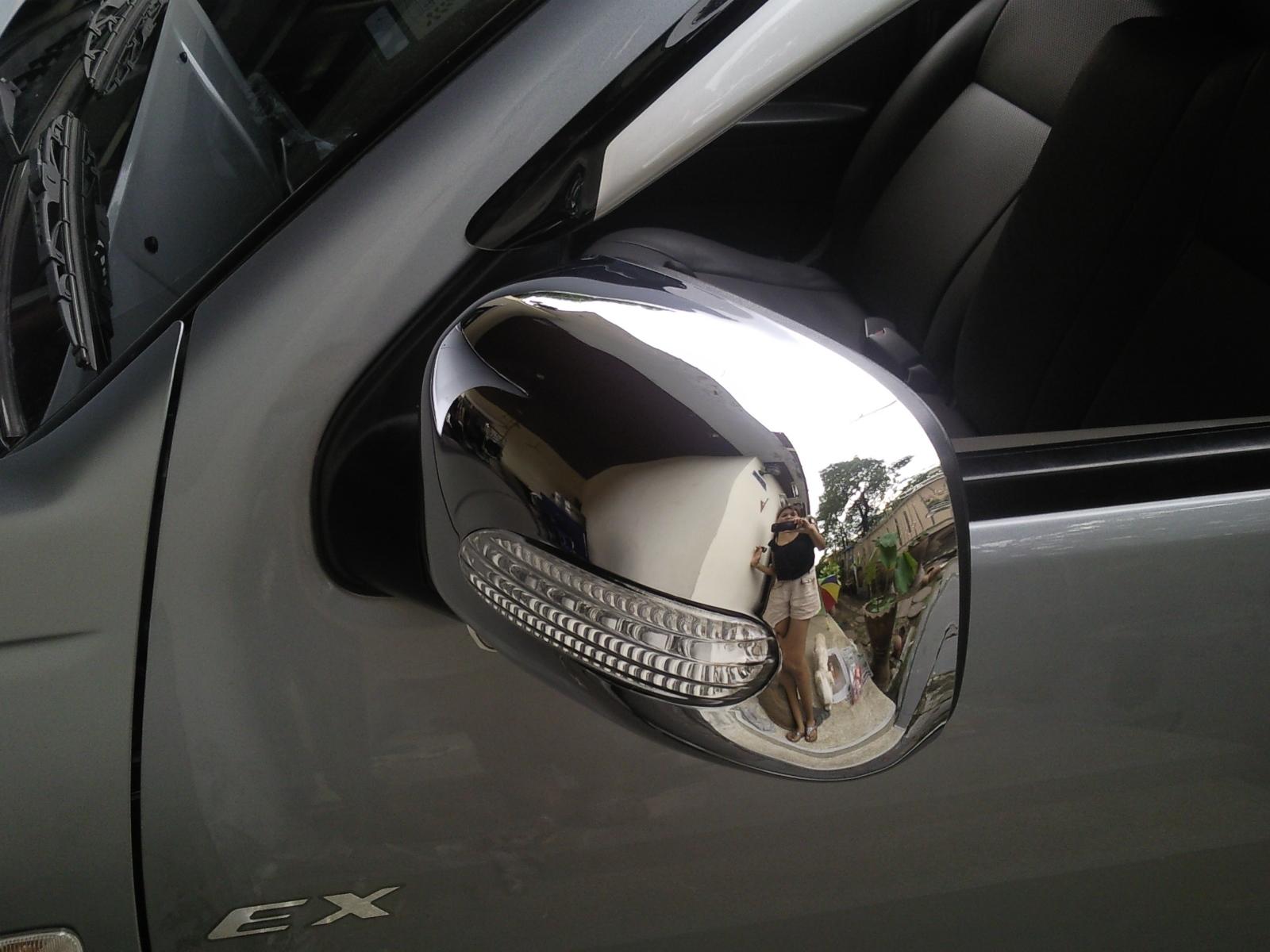 ครอบกระจกมองข้างแบบมีไฟเลี้ยว+ไฟหรี่ ใส่ d-max ปี02-06