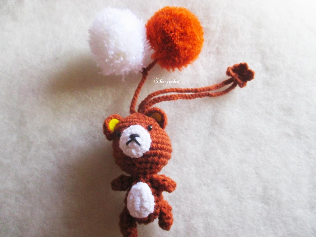 ที่ห้อยกระเป๋า พวงกุญแจตุ๊กตา ริลักคุมะ dolls pom pom amigurumi crochet keychain