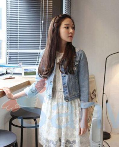 เสื้อยีนส์ ผู้หญิง แจ็คเก็ตยีนส์ แขนยาว แบบเซอร์ ๆ น่ารัก ๆ ใส่กับ ชุดเดรส หวาน ๆ เพิ่มสีสัน เสื้อยีนส์ ใส่กับ เดรส สวยหวาน ราคาถูก 586263