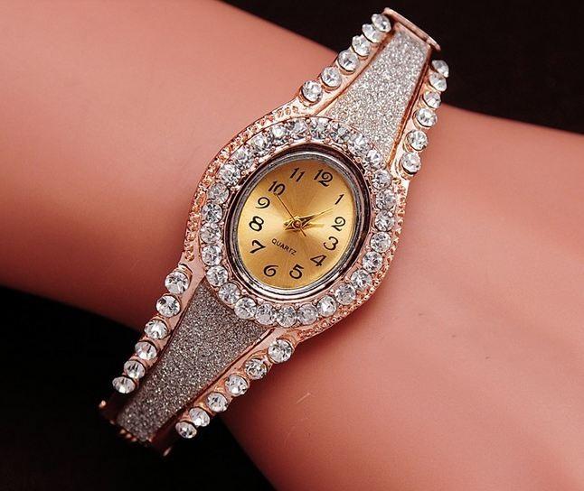 นาฬิกาข้อมือ นาฬิกาผู้หญิง แบบ กำไลข้อมือ ทอง 18 K สี Rose Gold ฝังเพชร CZ คริสตัลออสเตเรียน สุดหรู เรียงแถว รอบเรือน สีเงิน ใส่ออกงาน 789067