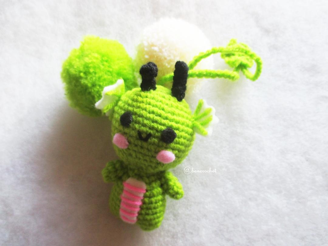ที่ห้อยกระเป๋า พวงกุญแจตุ๊กตามังกรเขียว ปอมปอม dolls pom pom amigurumi crochet keychain