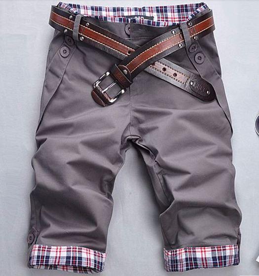 กางเกงขาสั้นผู้ชาย กางเกงขาสามส่วน สีเทา แบบสวย กางเกงแฟชั่น ผู้ชาย วัยรุ่น มีกระเป๋าหลังและ กระเป๋าข้าง ออกแบบ ขากางเกงพับได้อย่างมีสไตล์ 354686_1