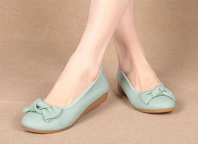 รองเท้าคัทชู ใส่ทำงาน ใส่เที่ยว ส้นแบน รองเท้าหุ้มส้น รองเท้าผู้หญิง หนังแท้ ใส่ทำงาน แบบเรียบ มีดีไซน์ รองเท้าหนังแท้ แต่งโบว์ ใส่สบาย 741201