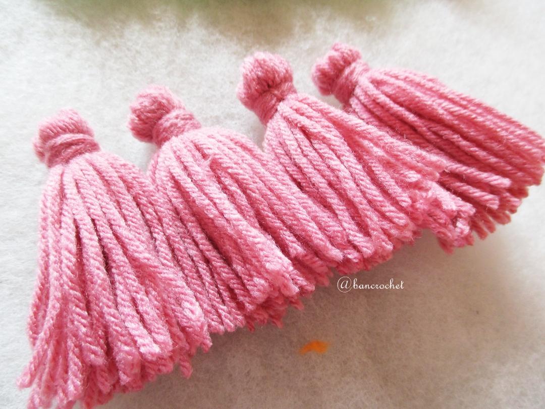 พู่สีเชมพูโครเชต์ ไหมพรม 4 ply pink tassel crochet acrylic yarn 4 ply