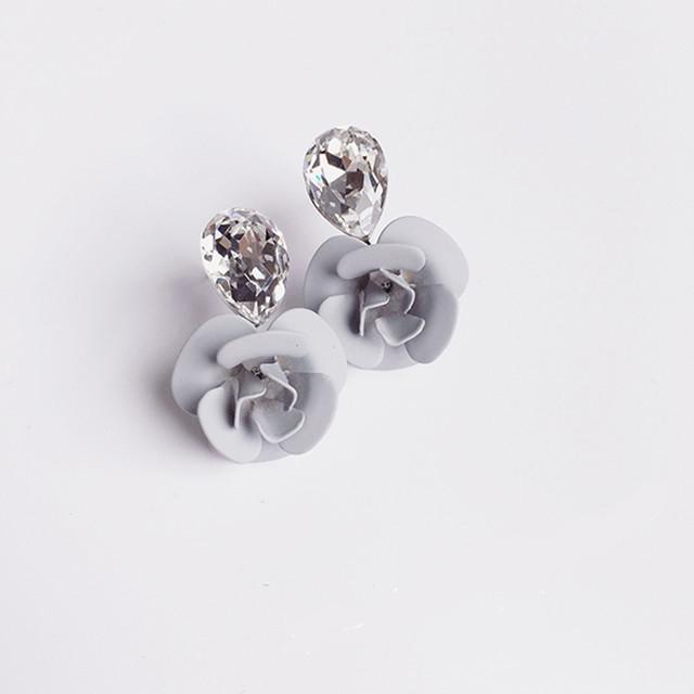 ต่างหู,ตุ้มหูแฟชั่นสไตล์เกาหลีรูปดอกไม้สีเทาแต่งคริสตัล