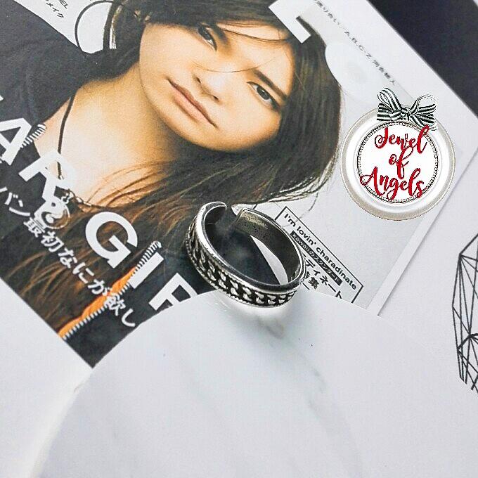 แหวนแฟชั่นลายเชือกรมดำ