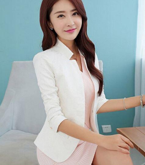 เสื้อสูทผู้หญิง แขนยาว ปักลายดอกไม้ ไทย ๆ สีขาว เรียบหรู เสื้อใส่ออกงาน ทางการ เสื้อคลุม แบบสูท สีขาว ดีไซน์ งานปัก มีผ้าซับใน สวยหรู 548848_3