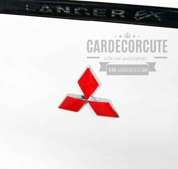 Back Mitsubishi standard reflective stickers - สติ๊กเกอร์โลโก้มิตซูบิชิ สามเหลี่ยมสีแดง ( สำหรับท้ายรถ )