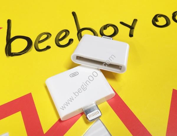 ชุดต่อ ชาร์จ ไอโฟน4 เข้า IPhone ไอโฟน 5+6 +7+Ipad (Lightning to 30-pin Adapter)
