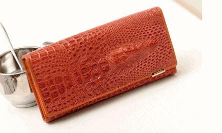 กระเป๋าสตางค์ผู้หญิง ใบยาว กระเป๋าหนัง อัดลายหนังจรเข้ สีน้ำตาล สีดำ สีน้ำตาลเข้ม สีแดง กระเป๋าสตางค์ลดราคา no 915589