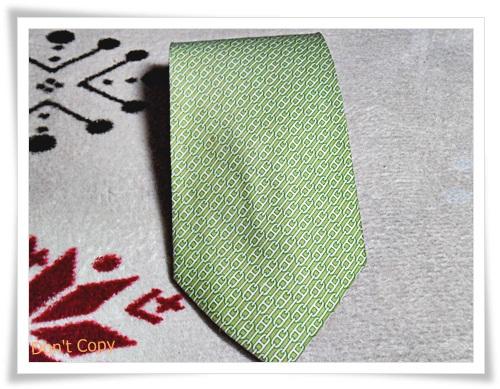 เนคไทผ้าไหมแท้ สีเขียว Hermes Paris