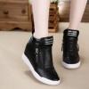 รองเท้าบูทผู้หญิง ส้นเตี้ย รองเท้าบูทวัยรุ่น แบบรองเท้าผ้าใบ สีขาว สีดำ รองเท้าหุ้มข้อ แบบบูท สวย ๆ ใส่เที่ยว 670280