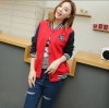 เสื้อ แจ็คเก็ต ผู้หญิง แบบ เสื้อ เบสบอล เสื้อ Jacket สีแดง ตัดกับ แขนเสื้อสีน้ำเงิน เสื้อคลุม แขนยาว แบบน่ารัก วัยรุ่น ใส่เที่ยว ใส่เรียน 814538_1