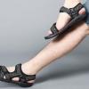 รองเท้าผู้ชาย รองเท้า แบบรัดส้น รองเท้า ใส่เที่ยว รองเท้าแตะ แบบลายพราง ดีไซน์ มีสายรัดส้น รองเท้าใส่เที่ยว ทะเล เดินป่า เท่ ๆ 831577_1