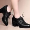 รองเท้าคัทชู สีดำ รองเท้าใส่ทำงาน แบบเปรี้ยว ๆ รองเท้าส้นสูง ส้นหนา ดีไซน์ หนังจรเข้ สวยหรู มีสไตล์ 844615