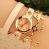 นาฬิกาข้อมือผู้หญิง นาฬิกาข้อมือ สายหนัง ออกแบบ เป็น สร้อยข้อมือ ห้อย ตุ้งติ้ง สีทอง นาฬิกา วัยรุ่น เท่ ๆ ใส่เป็น สร้อยข้อมือ เก๋ ๆ ของขวัญให้แฟน 310232