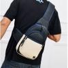 กระเป๋าคาดอก ผู้ชาย หนัง Pu กันน้ำ โทนสีดำ เรียบหรู คลาสสิค กระเป๋าสะพาย ด้านหน้า แบบเก๋ ๆ ใส่กระเป๋าสตางค์ โทรศัทพ์ 933479