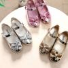 รองเท้าเด็กผู้หญิง รองเท้าคัทชู ใส่ออกงาน รองเท้าสวม แบบเงา แต่งโบว์ ระยิบระยับ น่ารัก สไตล์คุณหนู สีเงิน ทอง ชมพู 325793