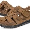 รองเท้าผู้ชาย รองเท้า แบบรัดส้น รองเท้า ใส่เที่ยว รองเท้าหนังแท้ แบบมีสายรัด รองเท้าปิดหน้าเท้า ใส่เดินทาง ระบายอากาศได้ดี สีน้ำตาลอ่อน 106249
