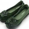 รองเท้าหุ้มส้น ผู้หญิง รองเท้าหนังแท้ รองเท้าผ้าใบหนังแท้ สีเขียว วินเทจ ดีไซน์ ลายดอกไม้ เก๋ ๆ ด้านหน้า รองเท้าหนังนิ่ม ใส่สบาย 727672_3