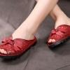 รองเท้าส้นแบน รองเท้าแฟชั่น ผู้หญิง รองเท้าแตะ หนังแท้ สีแดง สาวมั่นใจ แบบมีหุ้มส้นเล็กน้อย รองเท้าผู้หญิงแฟชั่น ยอดนิยม ติดโบว์ด้านหน้า ใส่เที่ยว ไฮโซ 478039_2