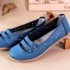 รองเท้าหุ้มส้น ผู้หญิง รองเท้าหนังแท้ ออกแบบ ฉลุลายดอกไม้ รอบ ด้านบนเป็นแบบ สายคาด 2 เส้น สไตล์เกาหลี หวาน ๆ สีฟ้า no 351745