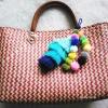 กระเป๋ากระจูดสาน ลายแดง แถมที่แขวนกระเป๋า ขนาด 10*14*5*15 นิ้ว basket weave bags