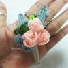 ดอกไม้ติดเสื้อเจ้าบ่าว/เพื่อนเจ้าบ่าวงานแต่งงานถักโครเชต์ boutonniere chochet