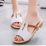 รองเท้าแฟชั่น ผู้หญิง รองเท้าแตะ ส้นเตี้ย มีส้นเล็กน้อย สีขาว ครีม เข้ากับ ทุกชุด รองเท้าใส่เที่ยว ใส่ไปงาน ปิดหน้าเท้าเล็กน้อย มีดีไซน์ 497988_3