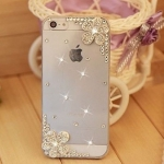 เคส iPhone 5 5s ประดับ คริสตัล ดอกไม้ บนล่าง สีขาว สวยหรู ในราคาถูก สุด ๆ เคสใส ลดราคา no 25209