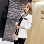 เสื้อสูท เสื้อแจ็คเก็ต เสื้อคลุม แบบสูท สูทผู้หญิง แขนยาว สีขาว แต่งขอบเสื้อ สีดำ เพิ่มมิติ มีกระดุมกลาง 1 เม็ด มีกระเป๋าข้าง แบบสวย 841125_1