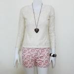 **สินค้าหมด blouse1704 เสื้อแฟชั่นผ้าลูกไม้ยืด คอวี แขนยาว สีครีม รอบอก 36 นิ้ว